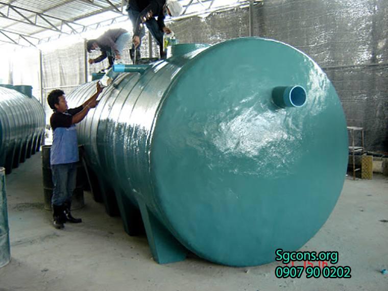 Bon Chua Nuoc Thai Hinh Tron Bang Nhua Composite Duoc Thiet Ke Da Dang The Tich 11m3 14m3 17m3